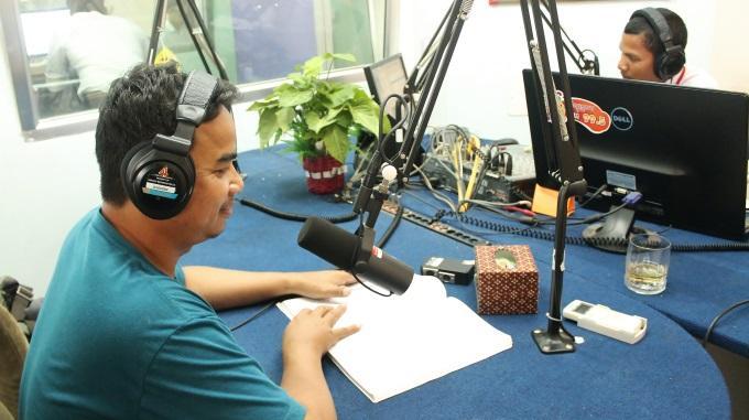 Perheradio Krusa FM Hoitaa Kambodžan Haavoja