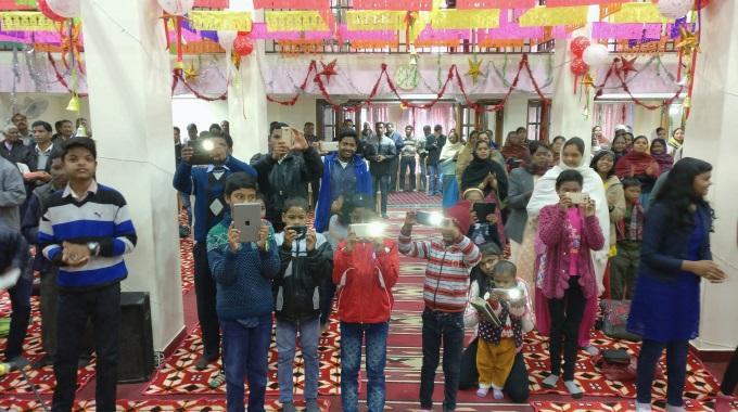 Kun Pappeja On Intiassa Vähän, Vastuuta Jaetaan Seurakuntalaisille