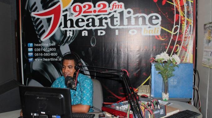 Ihmiset Paenneet Tulivuorta Balilla – Kriisiradio Apuna