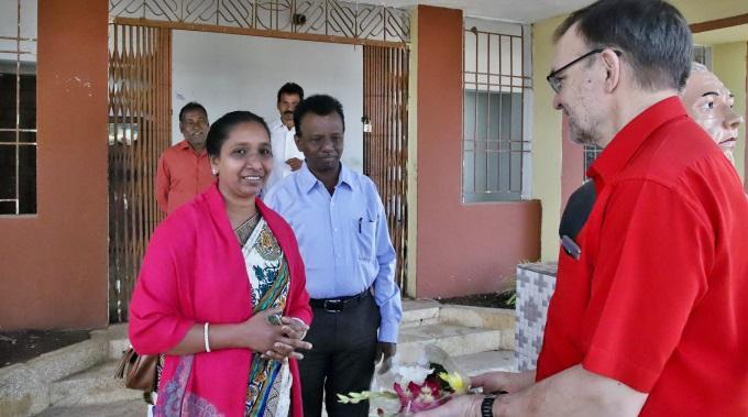 Toivoa Naisille -kuuntelijoiden Elämää Odishan Osavaltiossa Intiassa