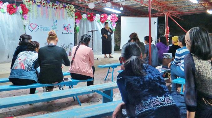 Toivoa Naisille -ohjelmat Koskettavat Kuulijoita, Sillä Tekijät Ovat Itse Keskiaasialaisia